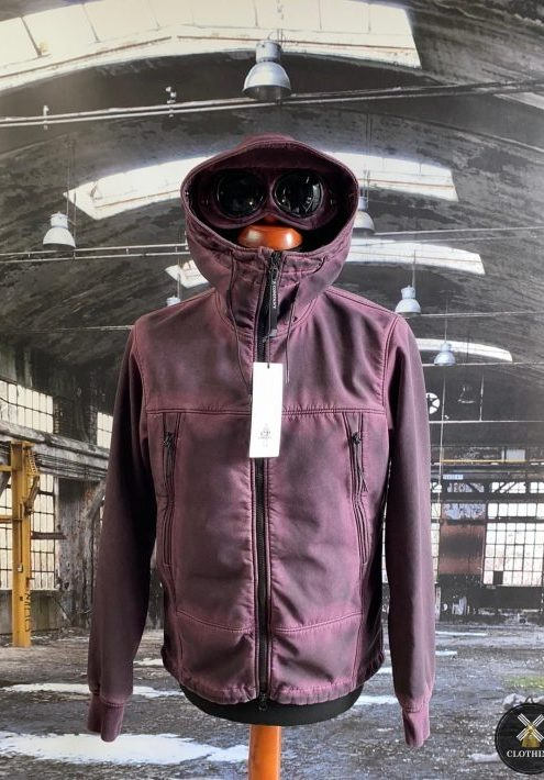 C.P. COMPANY RE COLOUR GOGGLE SOFT SHELL JACKET