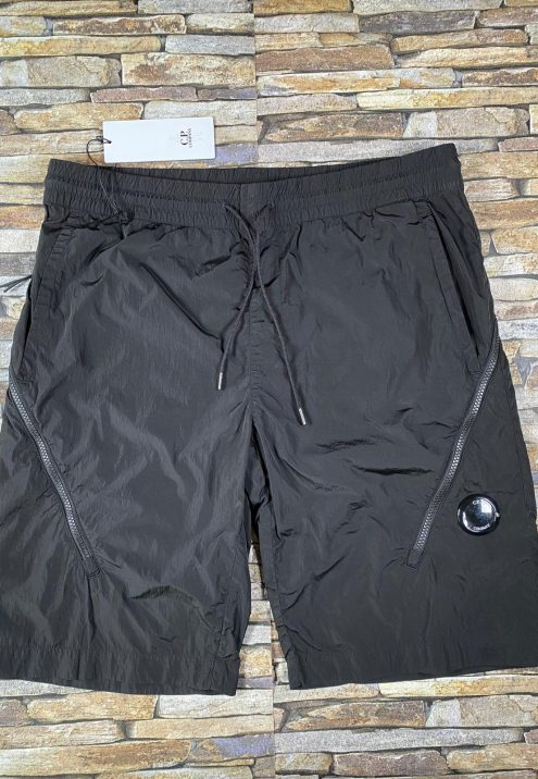 C.P. COMPANY CHROME R LENS SHORTS