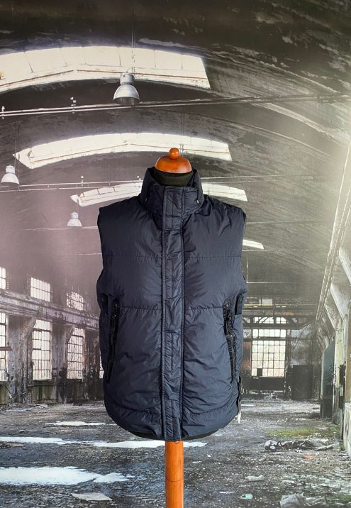 STONE ISLAND GARMENT DYED CRINKLE REPS NY DOWN-TC GILET